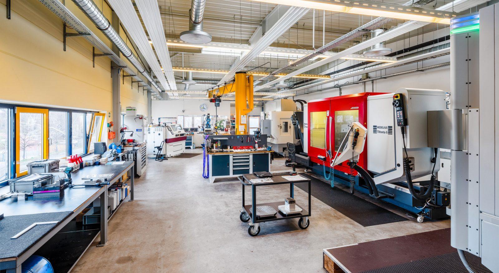 Produktionshalle / SIMU-Fertigungstechnik GmbH